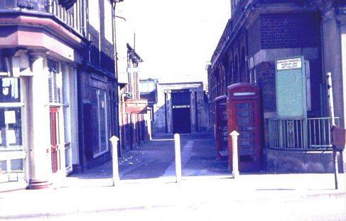 Mansfield Museum entrance