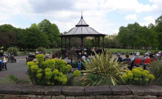 Music in Carr Bank park