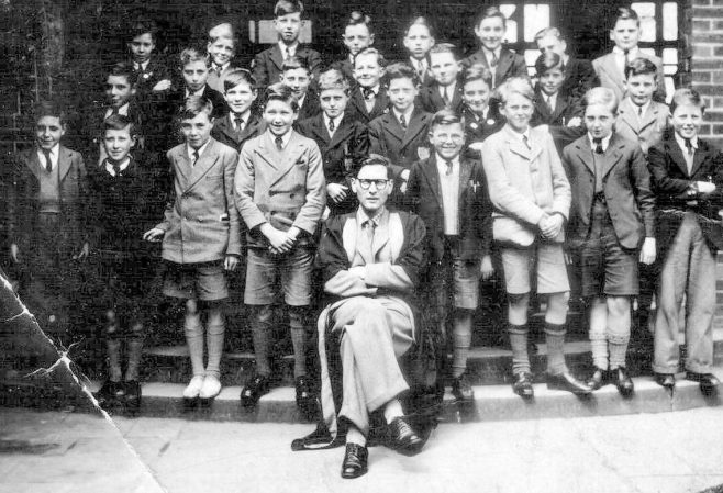 Queen Elizabeth's Grammar School new boys in 1947