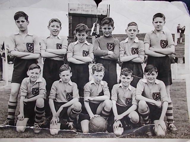 Broomhill Football Team