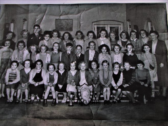 Farnilo school choir in the early fifties.