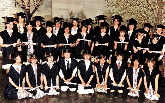 Windmill Ridge Middle School Mansfield 'Salad Days' play 1980