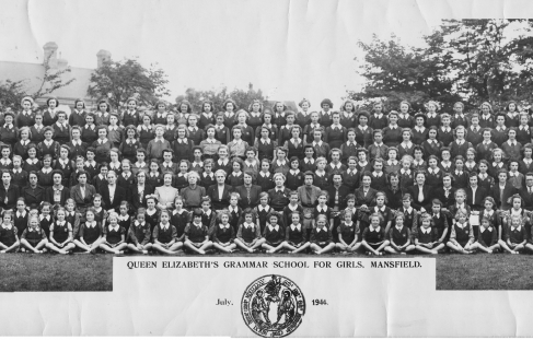 Mansfield Queen Elizabeth Grammar School for Girls in 1944