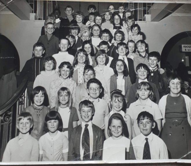Newgate Lane School Choir. Mansfield Palace Theatre 1970/71