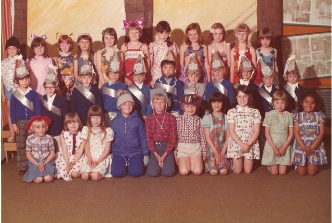 Wynndale Drive First School Silver Jubilee 1977 | A Dutton (nee Townsley)