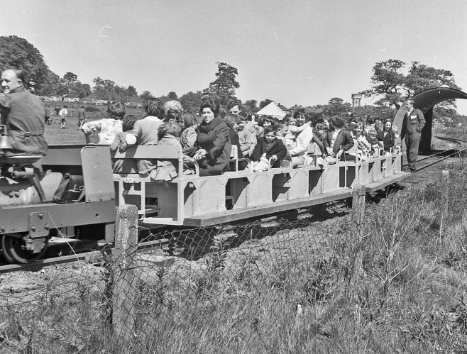 Train rides | CHAD 16674