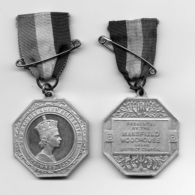 Front & back of medal given by Mansfield Woodhouse UDC