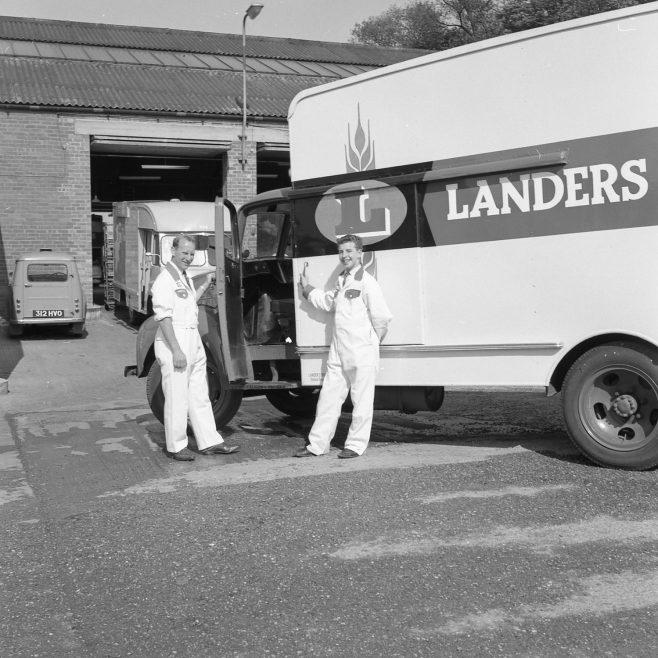 Landers Drivers 1963 | CHAD 2631