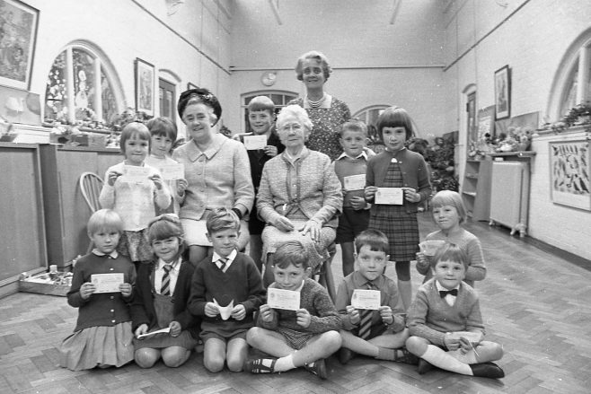 No 11 Broomhill School Festival/presentation September 1968 | CHAD 28608 28