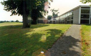 sherwood hall boys school path past art room 1989 | ian craig