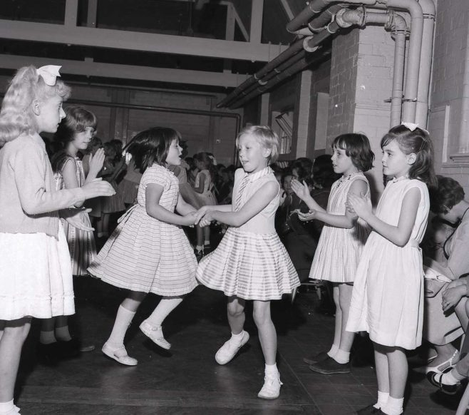 No 3 Broomhill School Open Day 1963   CHAD 3122