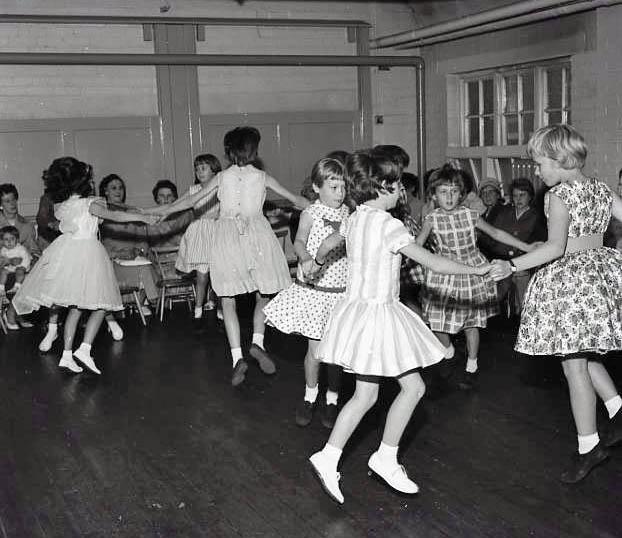 No 5 Broomhill School Open Day 1963   CHAD 3124