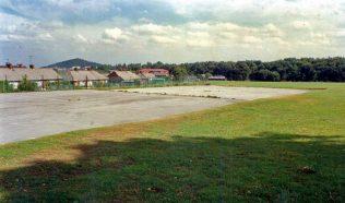 sherwood hall boys school  tennis courts 1989 | ian craig