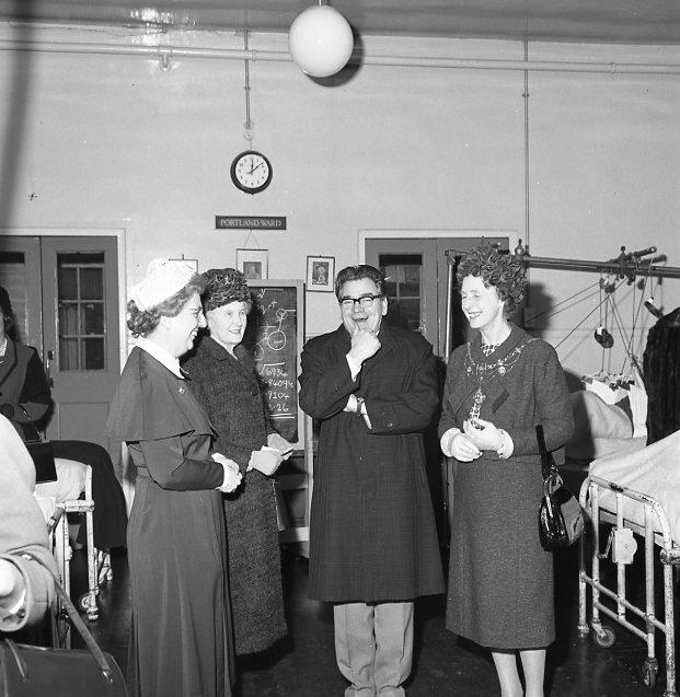 Visiting Portland Ward - 1964 | Chad 5659