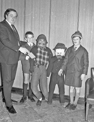 Granada Guy Fawkes - 1971 | CHAD 604 23