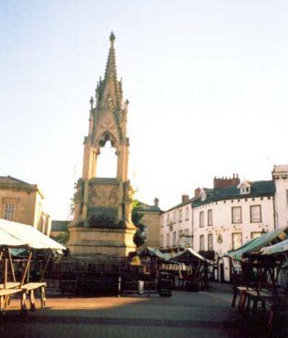 Bentinct Memorial, Mansfield Market Place | Denis Hill
