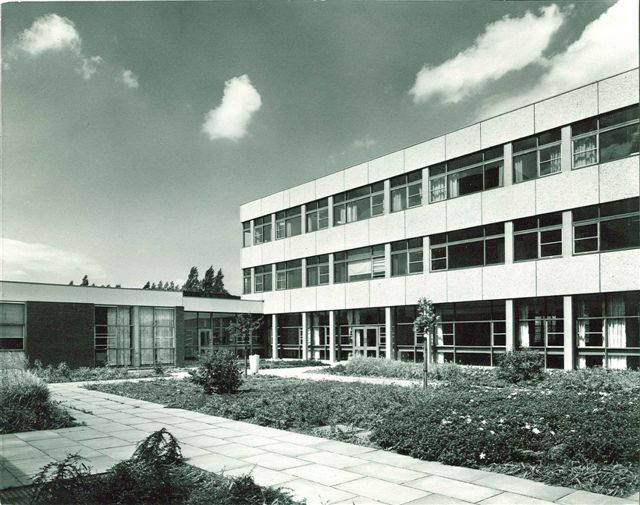 Dukeries building showing Rufford and Thoresby wards | Kings Mill