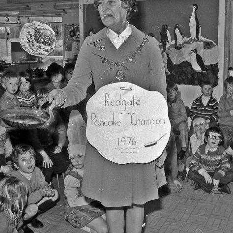 The Mayoress the 1976 Pancake Champion | CHAD E616-28