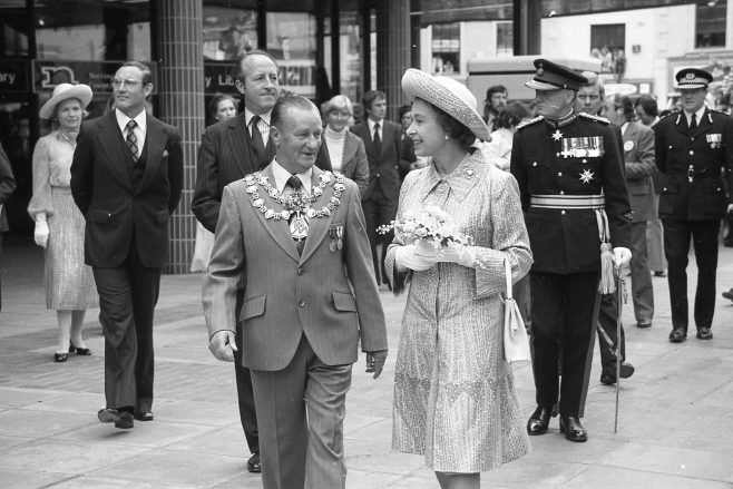 Royal Visit to Mansfield 1977 | CHAD 2440F 19