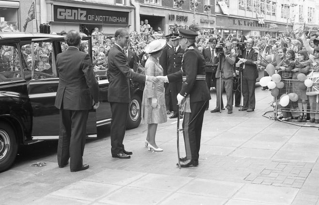 Royal Visit to Mansfield 1977 | CHAD G244E -15