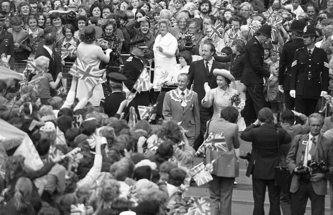 Royal Visit to Mansfield 1977 | Chad G2447E 13