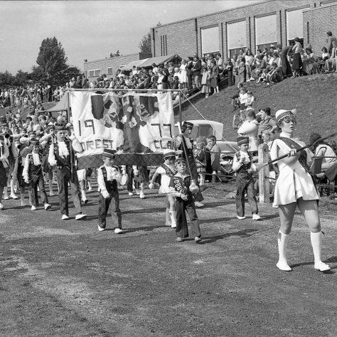 Mansfield Colliery Welfare Gala 1977 | Chad G2768 - 15