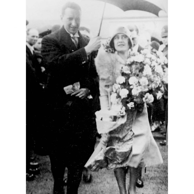Alan Malkin and the Duchess of York 3rd August 1929 | HW Collection