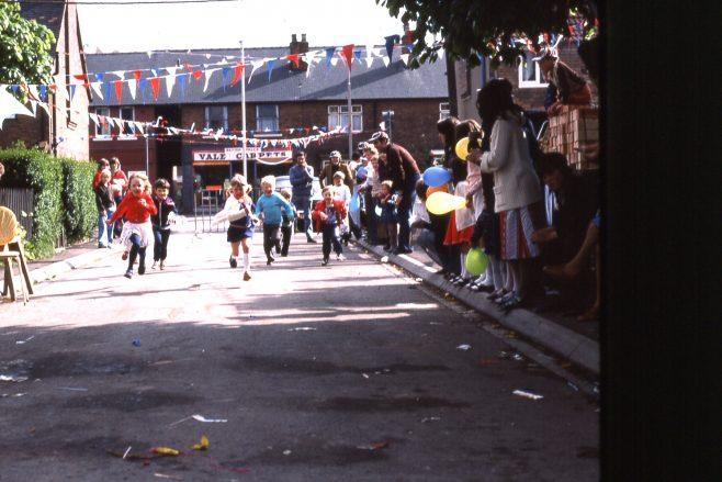 Children's races, Street Party Rainworth, 1977 | Carolyn Harris - Copyright