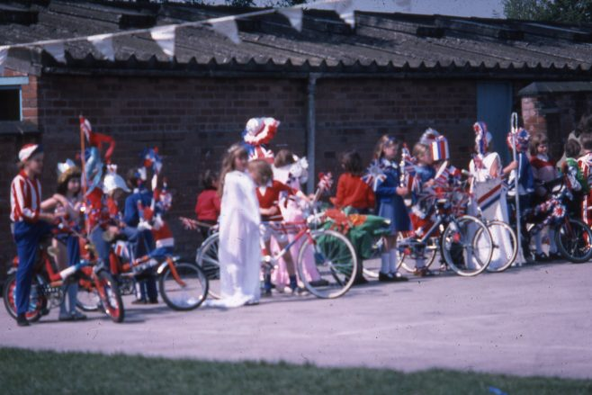 Heathlands First School, Silver Jubilee 1977 | Carolyn Harris - Copyright