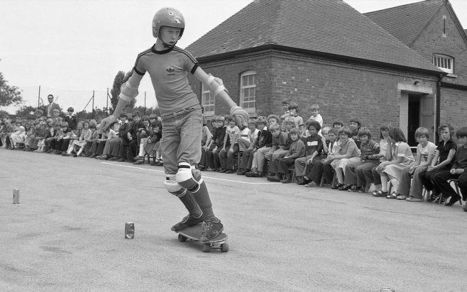 Skate Boarding | Chad J4062A - 10
