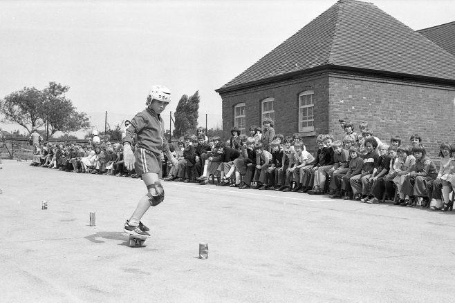 Skate Boarding | CHAD J4062A - 12