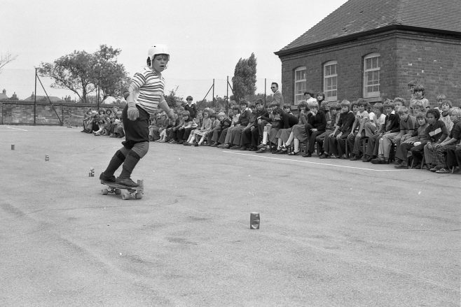 Skate Boarding | CHAD J4620B -9