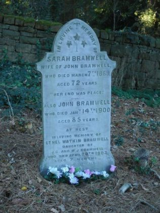 The grave of John and his wife Sarah | private photo