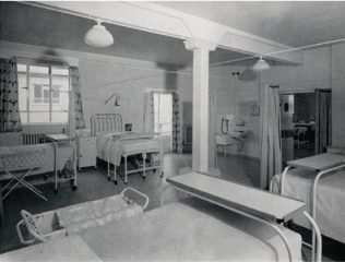 Maternity ward, where mothers and babies were together during their stay in hospital - an new initiative at the time. | kmh