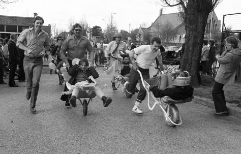 Coronets Wheelbarrow Race