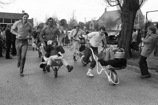 Coronets Wheelbarrow Race | Chad M4345-18