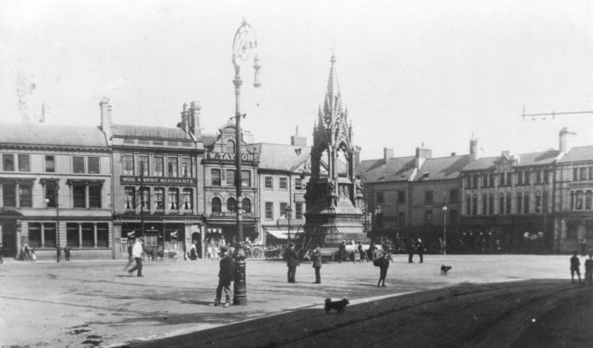2 - Market Place, Mansfield posted circa 1908 | Private collection