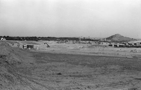 The building of the Oak Tree Lane Estate 1977