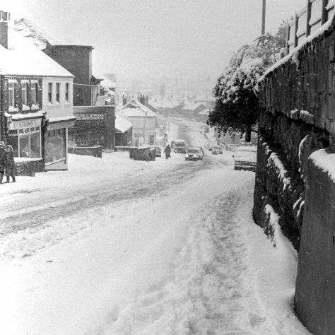 Skerry Hill in the snow - December 1990 | Mansfield Chad