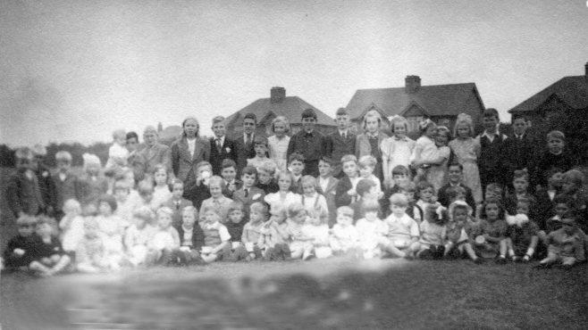 Pleasley Hill Children | Private collection