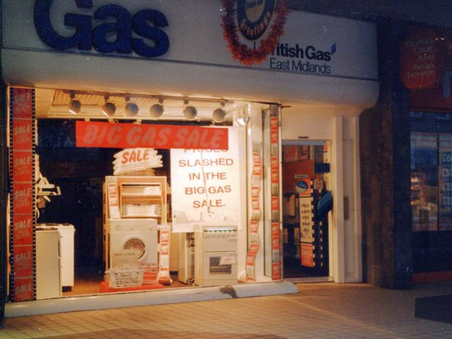 No 10 - Gas Showrooms - 1990