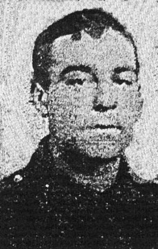 Pte Ernest Richardson | Photograph in Mansfield Chronicle 12.8.191